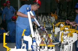 FARO Platinum Arm 便携式三坐标测量臂在卡车厂焊装车间工件测量上的应用
